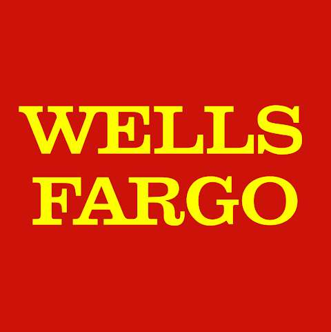 Wells Fargo Bank in Fair Oaks